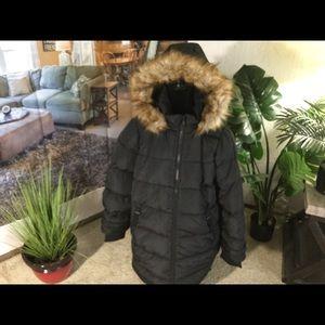 Heavy Puffer Coat. 18/20